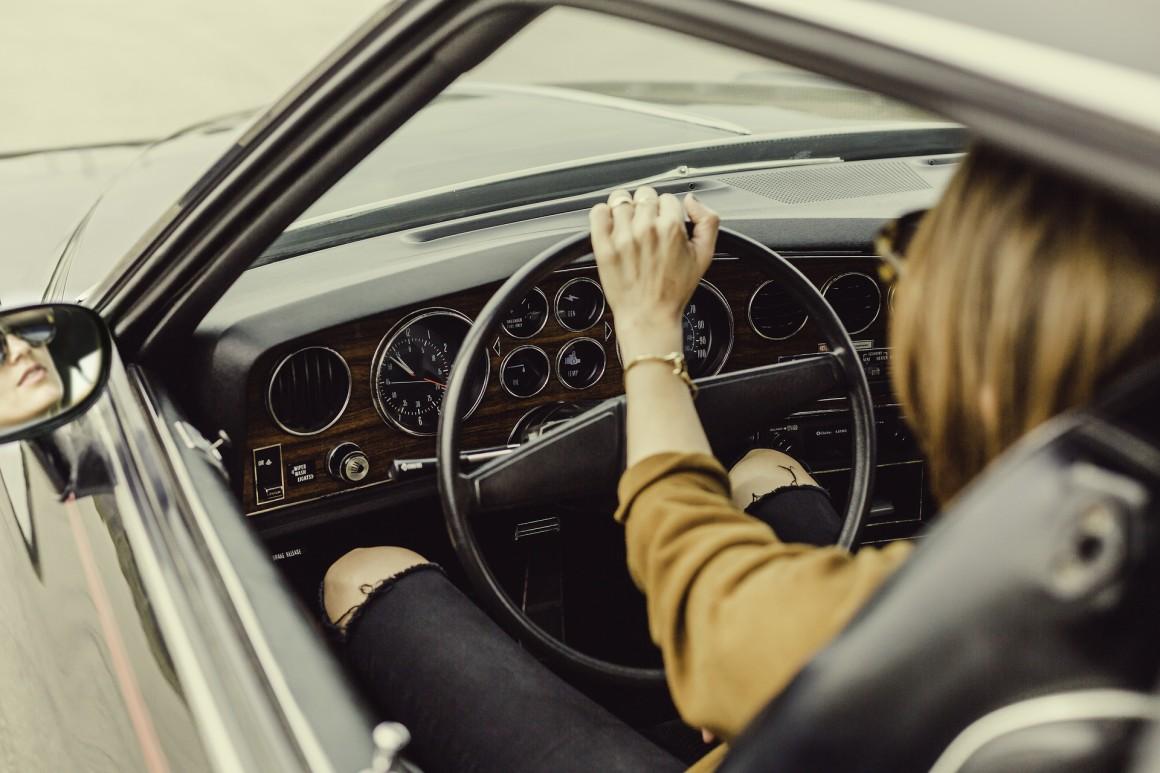 jonge auto rijder jongeren